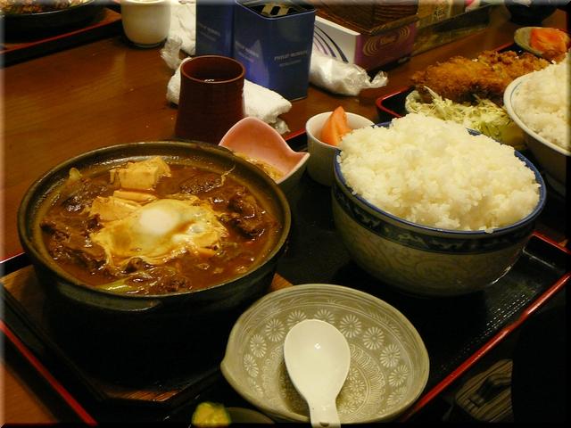 牛どて鍋定食(特盛)