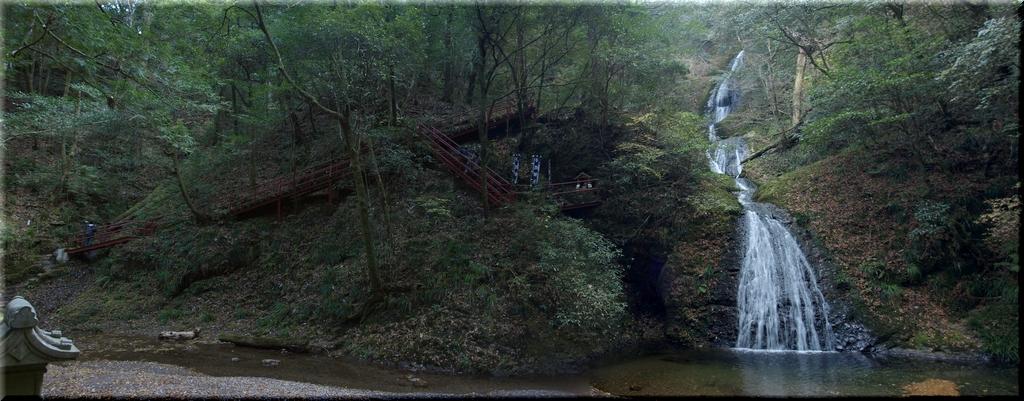 阿寺の七滝周辺のパノラマ