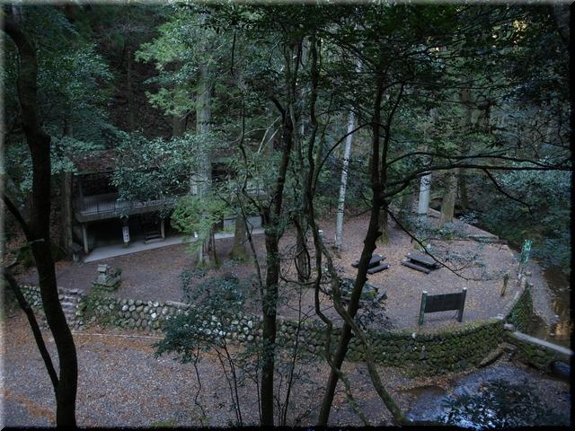 観瀑小屋とその周辺