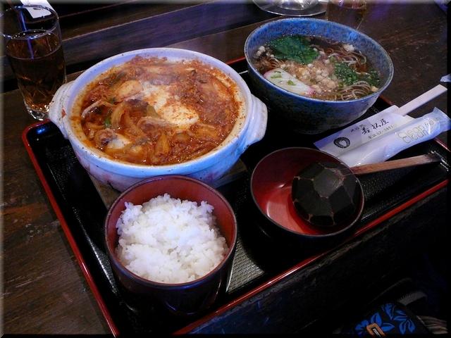チゲ豆腐鍋定食(温そば)