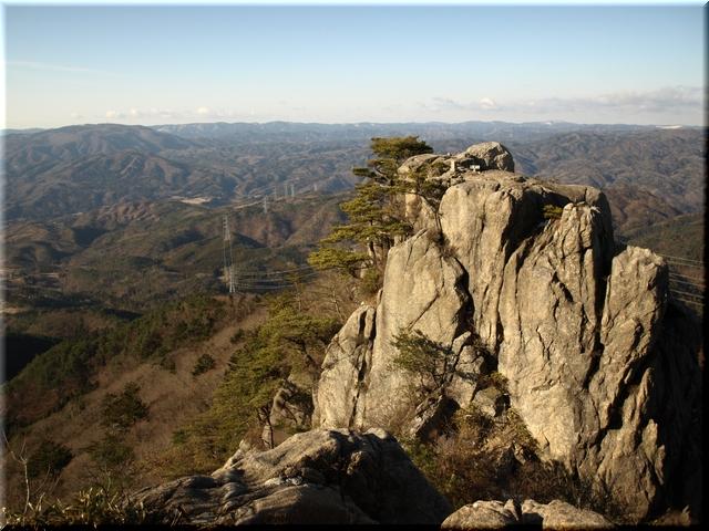 女体山から見た男体山