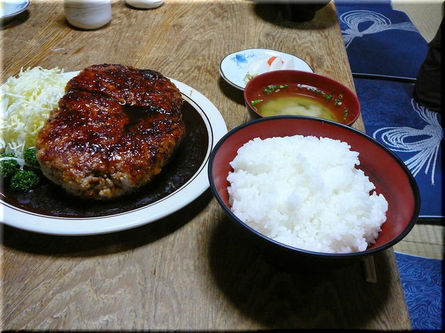 特大ミンチ生姜焼定食