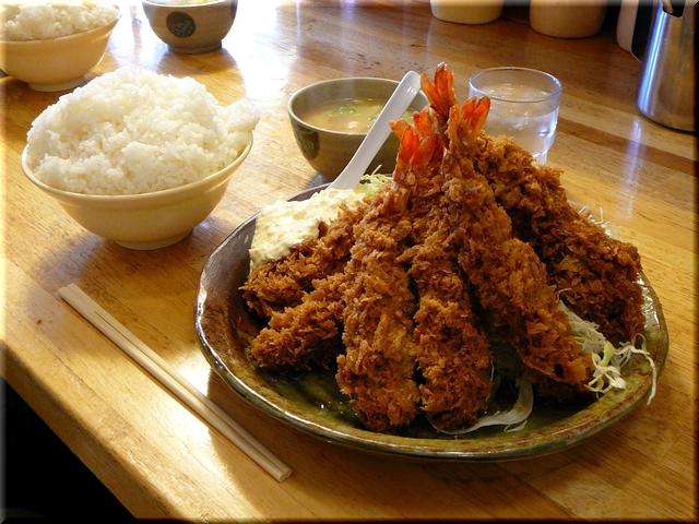 海老フライ定食(大盛り)