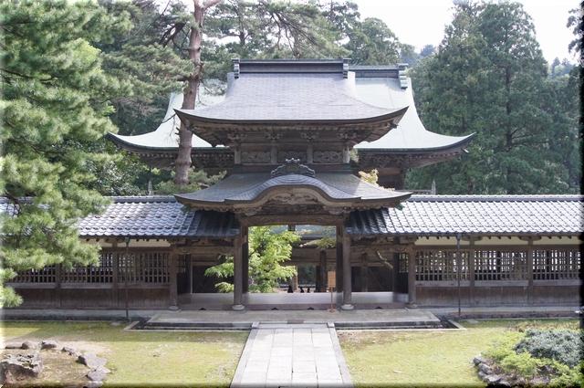 仏殿から見た中雀門