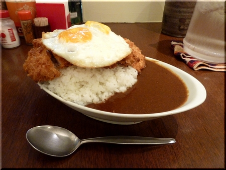 カツカレー(大盛り/目玉焼)