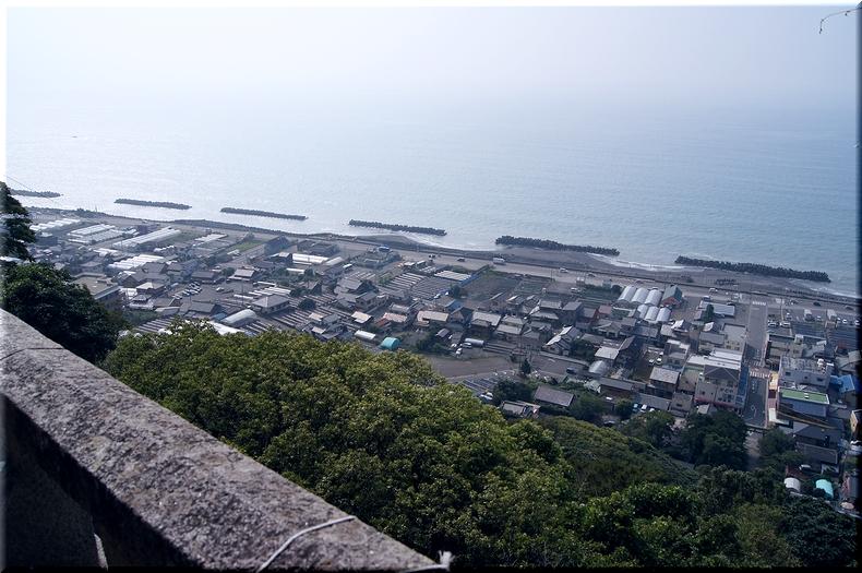 一ノ門から望む太平洋