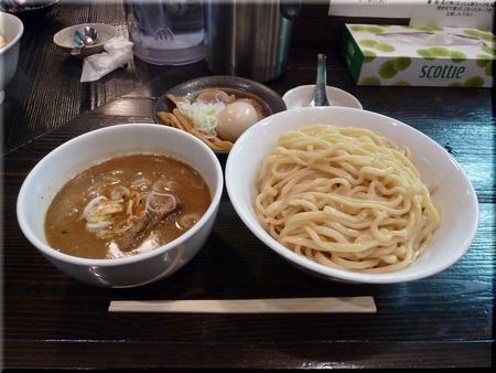 和利道つけめん(ごく太ちぢれ麺/大盛り)