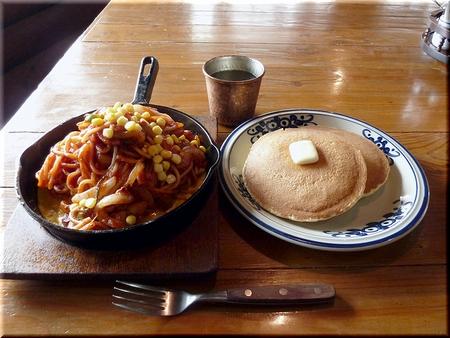 ナポリタン(大盛り)+ジャンボホットケーキ