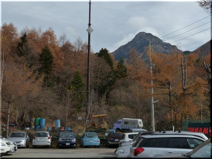 赤岳山荘から見た阿弥陀岳