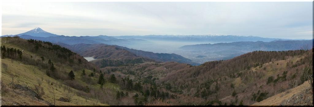 神部岩からのパノラマ