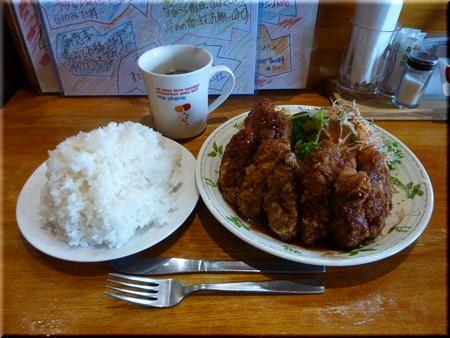 広島県産旬のカキフライ定食(大盛り)