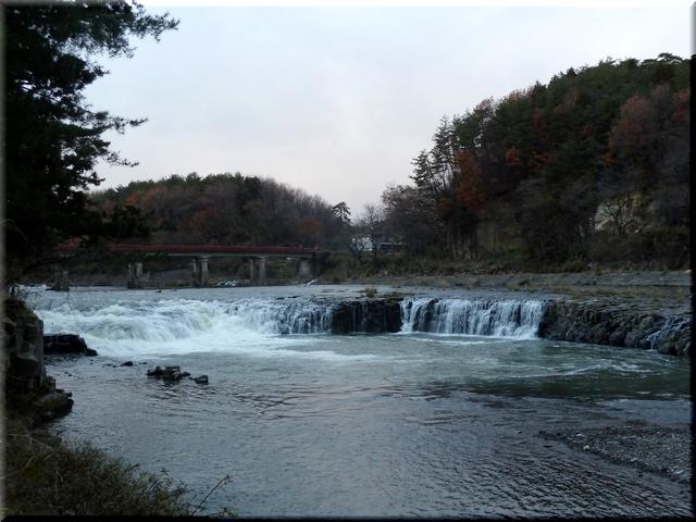 乙字ヶ滝全景