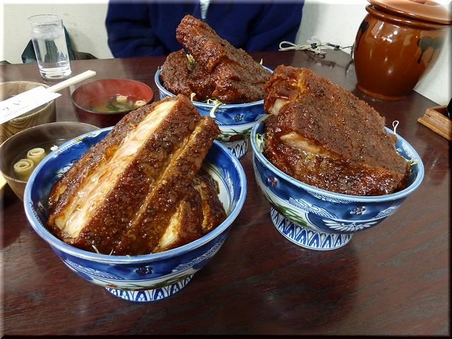 ロースかつ丼(ソース・大盛り)