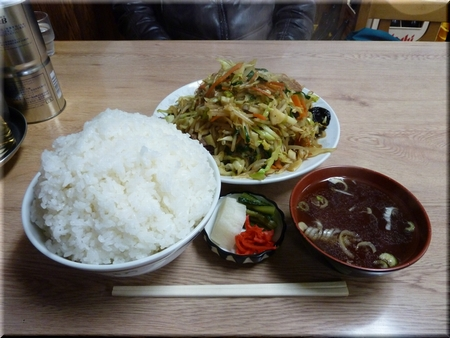 肉野菜炒め+ライス(両方大盛り)