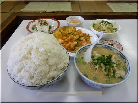 ニラ玉キムチ定食(特別定食)