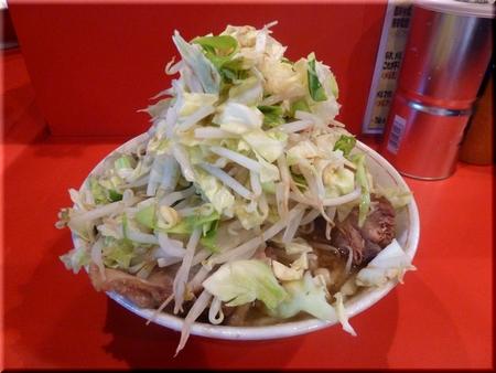 ブタ入り(野菜カラメ)