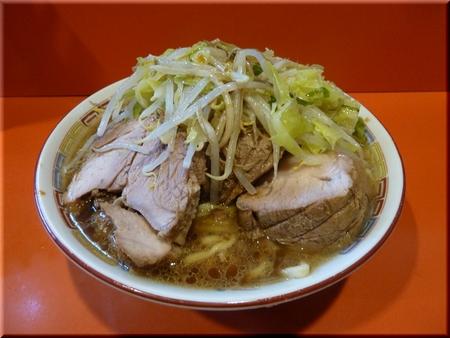 豚入りラーメン(野菜マシマシ)