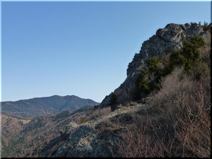乾徳山頂&北奥仙丈岳