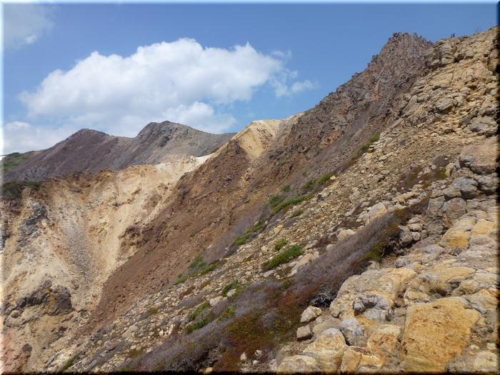 岩場を急登