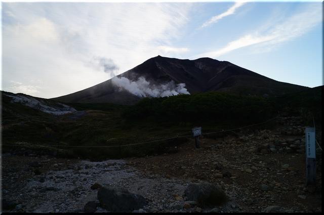 旭岳の蒸気噴煙