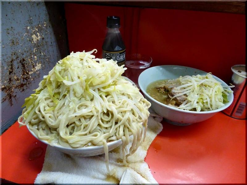 三田本店・麺増し