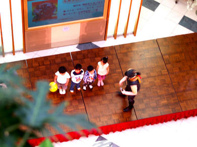 魔化魍(まかもう)が子供たちを集める