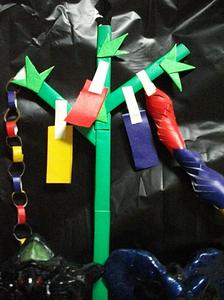 手作りの折紙七夕飾り