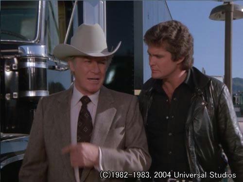 デボン「傷つけんでくれよ。このトレーラーは高価なんだ」/マイケル「俺の給料より?」