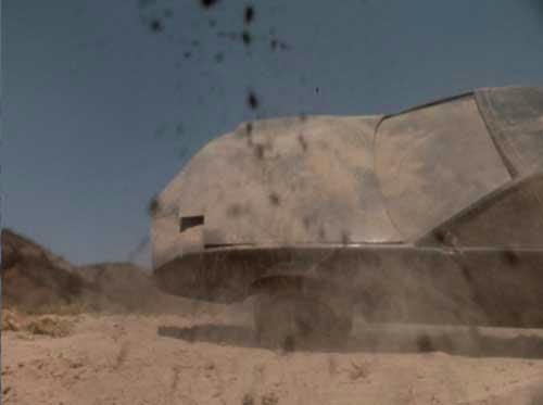 ゴライアスに弾き飛ばされたナイト2000!(ミニチュア)…あれ、ボンネットの吸気口はどこへ?(汗)