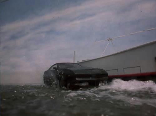 キャプテン・キット、驚異の水上走行