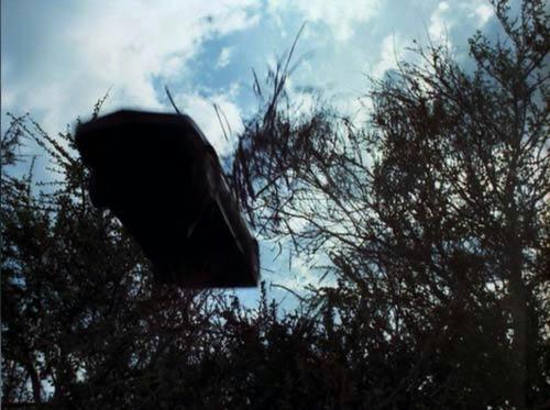 バース警部補に捕まったシーンに、ターボブーストで乱入するキット(ミニチュア撮影)