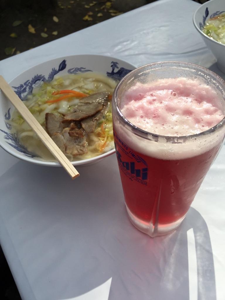 もみじビールと刀削麺