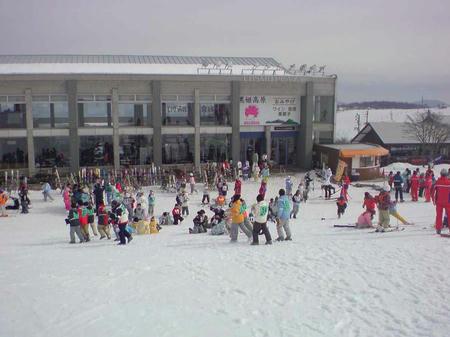 黒姫高原 小学生のスキー教室