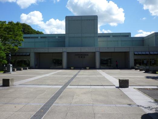 明徳館(図書館)