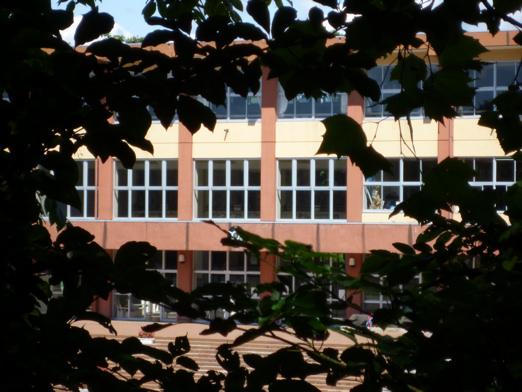 明徳小学校(5年生の2学期まで通ってました)