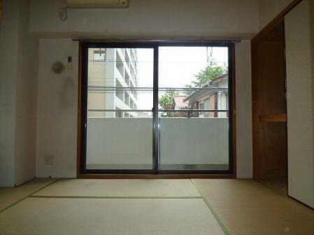 http://blog.cnobi.jp/v1/blog/user/cb951d84047803957fe9fe85f8d1fb99/1370085901