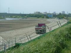 多摩川の護岸工事