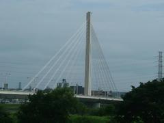 府中市・四谷の斜張橋・四谷橋