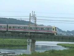 多摩川鉄橋の京王8000系