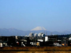 多摩川から見える富士山
