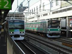 高田馬場駅の電車