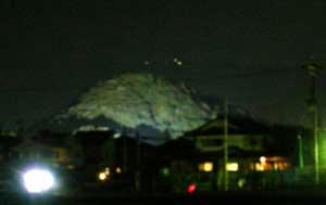 畝傍山ライトアップ