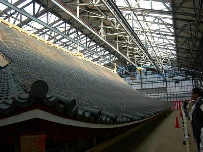 大極殿二層目の屋根