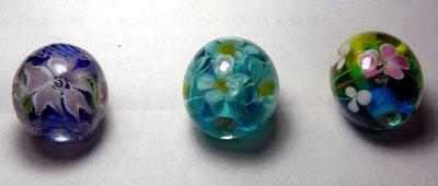 青いトンボ玉