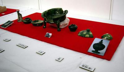 高級品の陶器類