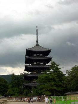 ご存知、興福寺五重塔