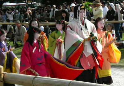葵祭のヒロインですね。