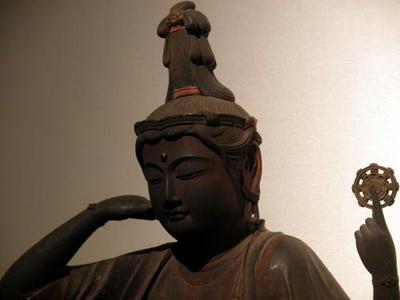 奈良国立博物館の如意輪観音