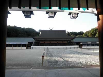 橿原神宮 外院の庭