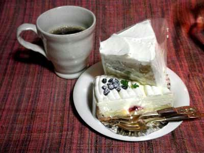 奈良町で買って来たケーキ